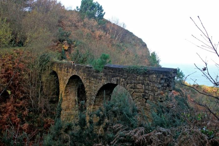 Antiguo acueducto.