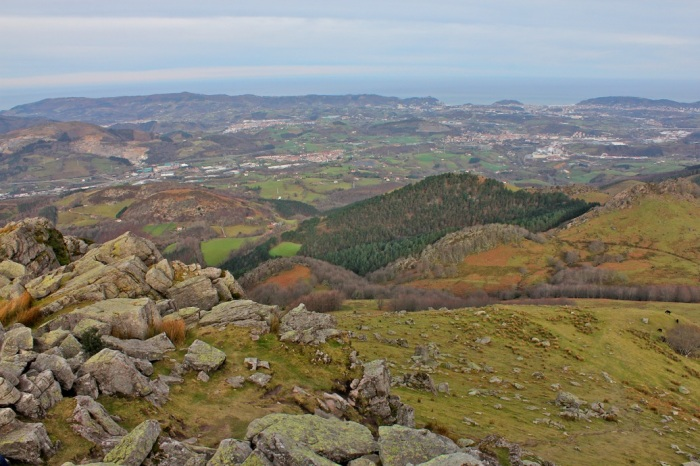 Vistas de Donosti, desde la cima del Adarramendi.
