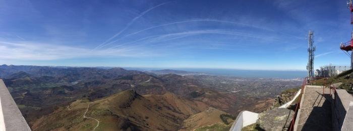 Vistas desde la cima. Zona Navarra y Gipuzkoa.